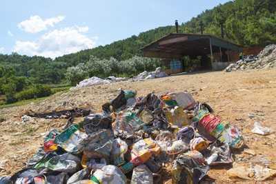 Cận cảnh nhà máy xử lý rác thải cho Formosa khiến dân phải bỏ đi - ảnh 11