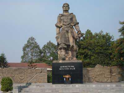 tuong-dai-vua-quan-trung-1-2015-02-03