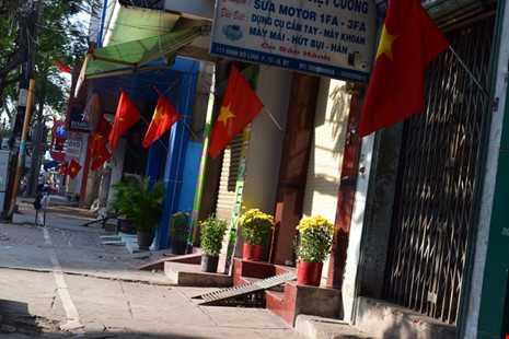 Sài Gòn thênh thanh, bình lặng trong sáng đầu năm - ảnh 2