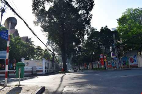Sài Gòn thênh thanh, bình lặng trong sáng đầu năm - ảnh 16
