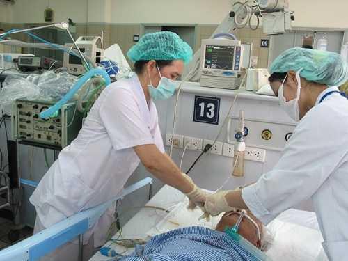 dieu-tri-cho-bn-tai-tt-chong-doc-bv-bach-mai--Anh-Tran-Minh-b4c28
