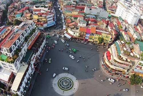 Hình ảnh Hà Nội và nhiều địa điểm du lịch hấp dẫn trên cả nước sẽ được quảng cáo trên CNN. Ảnh: Giang Huy.