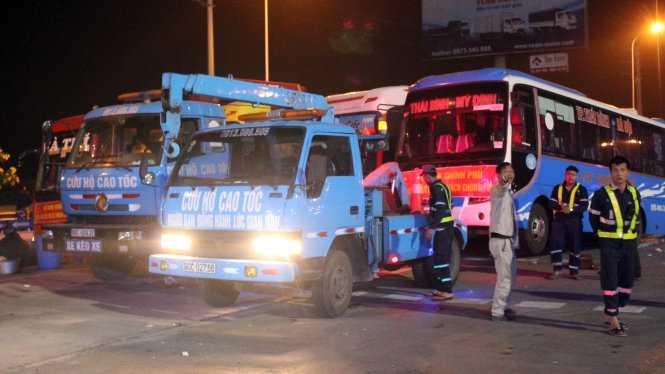 Bộ Giao thông vận tải và Hà Nội đối thoại với nhà xe phản đối phân tuyến xe khách