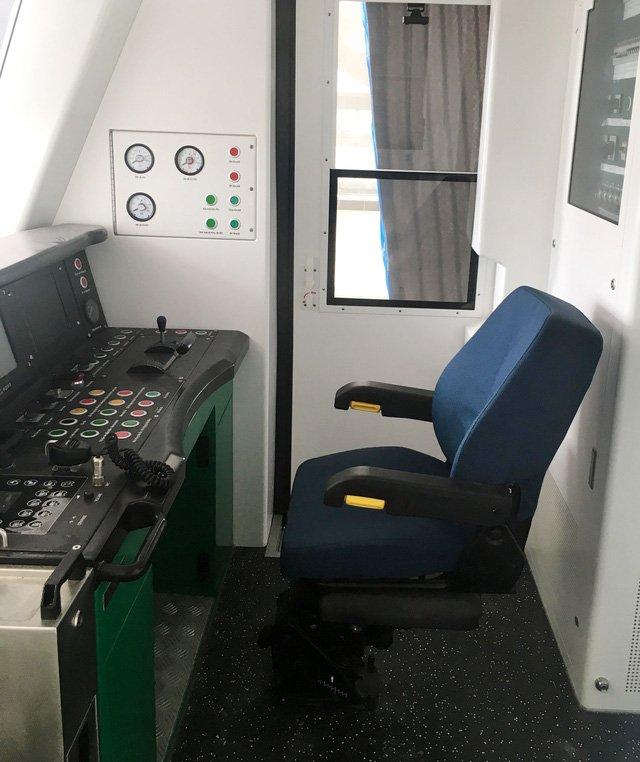 Cabin hệ thống điều khiển tàu đường sắt trên cao