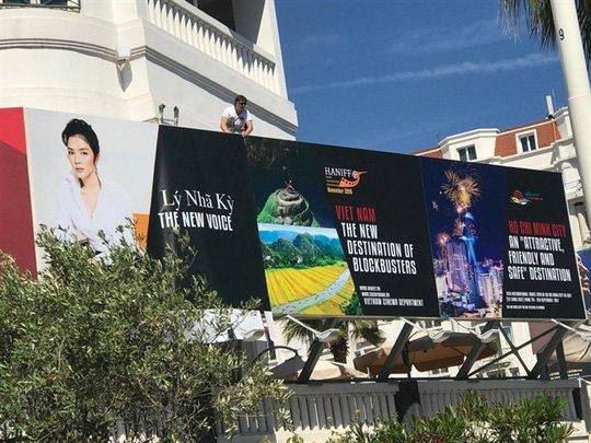Bộ VH-TT-DL bất ngờ về hành động lố, liều của Lý Nhã Kỳ ở LHP Cannes ảnh 2