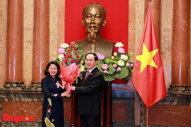 Chủ tịch nước Trần Đại Quang ra mắt báo giới - ảnh 3