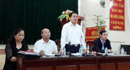 Hinh anh Chu tich Ha Noi doi thoai voi nguoi dan Dong Tam 10