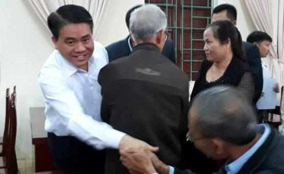 Hinh anh Truc tiep: Chu tich Ha Noi doi thoai voi nguoi dan Dong Tam 4