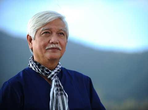 Hinh anh Dai bieu Duong Trung Quoc: 'Da la san pham doi song thi can gi cap phep' 3
