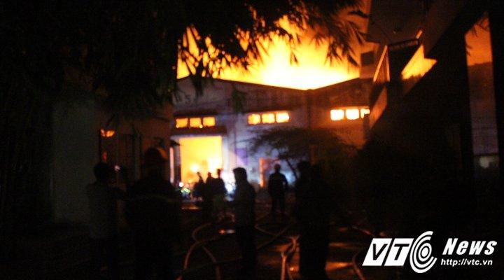 cháy ở quận 4