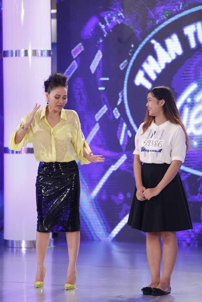 CS Thu Minh thi pham cho Y Lux (4)