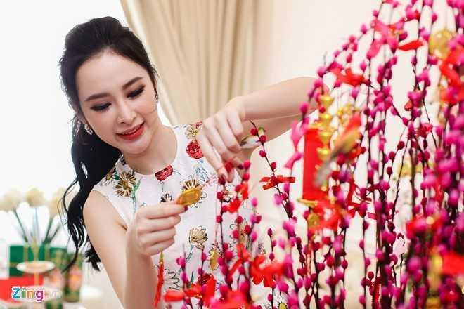 Angela Phuong Trinh don Tet o can ho moi mua hinh anh 3