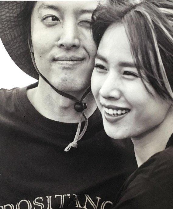 Chuyện như đùa: Lee Dong Gun bất ngờ tuyên bố đã kết hôn, tình mới Jo Yoon Hee mang bầu - Ảnh 2.