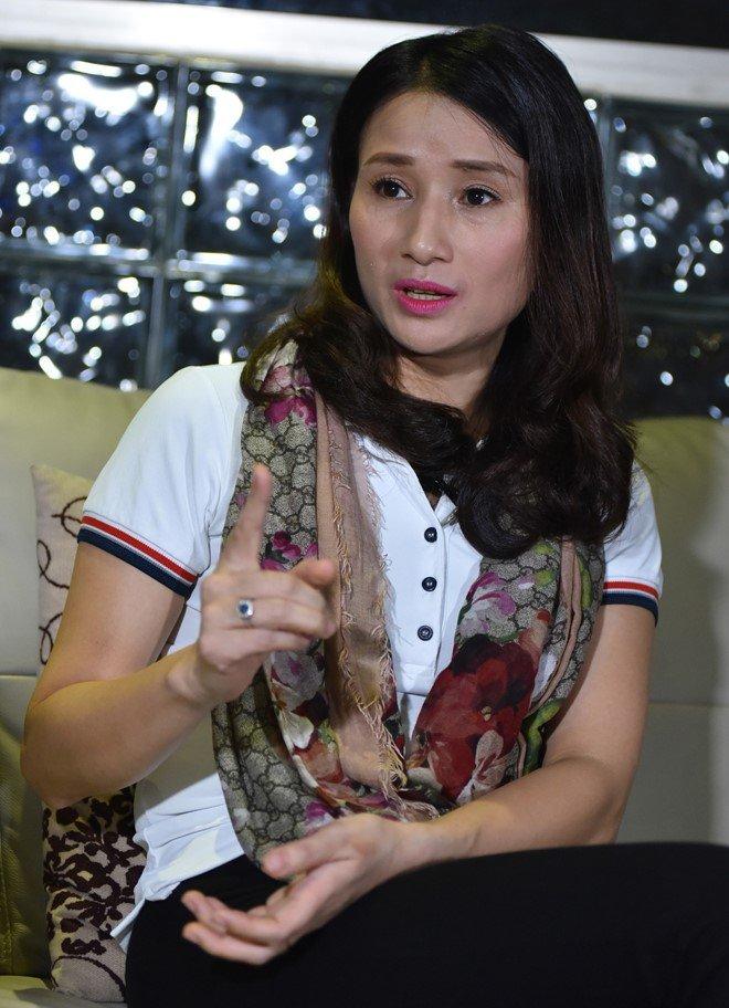 Nha bao Le Binh: 'Toi chua bao gio doa dam, xin tien doanh nghiep nao' hinh anh 2