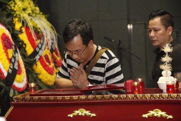 Hinh anh Dam tang nghe si Duy Thanh: Danh thu Hong Son toi vieng som 17