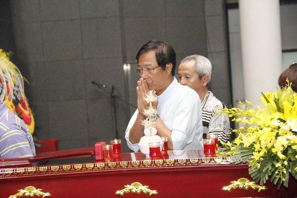 Hinh anh Dam tang nghe si Duy Thanh: Danh thu Hong Son toi vieng som 18