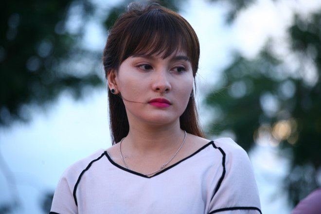 'Song chung voi me chong' dang xay dung hinh tuong con dau tieu cuc? hinh anh 2
