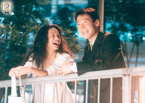 Là một trong những gương mặt xuất sắc của điện ảnh Đài Loan, tên tuổi Thư Kỳlưu dấu qua nhiều thước phim giá trị. Sở hữuvóc dáng đẹp, gương mặt gợi cảm, Thư Kỳ chinh phục khán giả bởi vẻ duyên dáng, nữ tính không bị