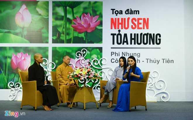 Ho Van Cuong bi khan gia vay kin khi di dien o chua hinh anh 5