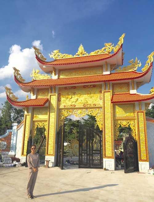 Choáng với nhà thờ Tổ 100 tỷ đã xây xong của Hoài Linh - 1