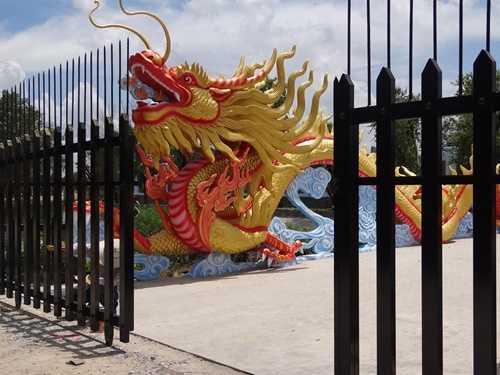 Choáng với nhà thờ Tổ 100 tỷ đã xây xong của Hoài Linh - 8