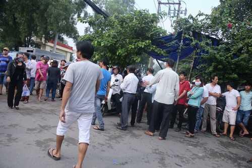 Bất ngờ cả nghìn người xuống đường tiễn biệt Minh Thuận - 11
