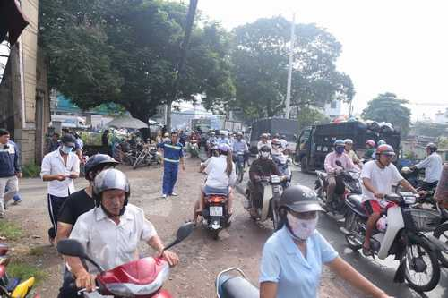 Bất ngờ cả nghìn người xuống đường tiễn biệt Minh Thuận - 10