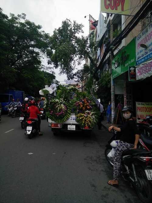 Bất ngờ cả nghìn người xuống đường tiễn biệt Minh Thuận - 9