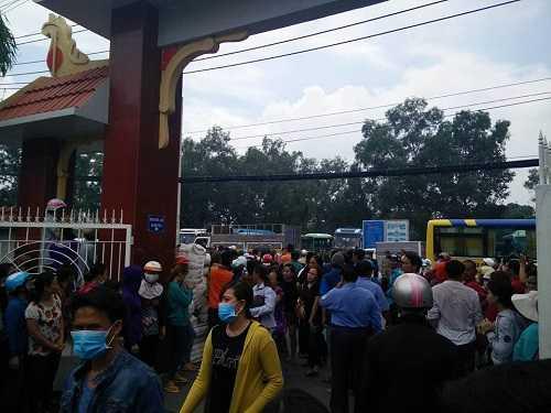 Bất ngờ cả nghìn người xuống đường tiễn biệt Minh Thuận - 14