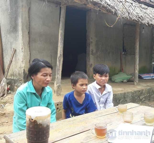 thanh-hoa-hoan-canh-dang-thuong-cua-hoc-sinh-viet-don-xin-thoi-hoc-vi-bo-me-om-nha-het-gao-an-55-220243