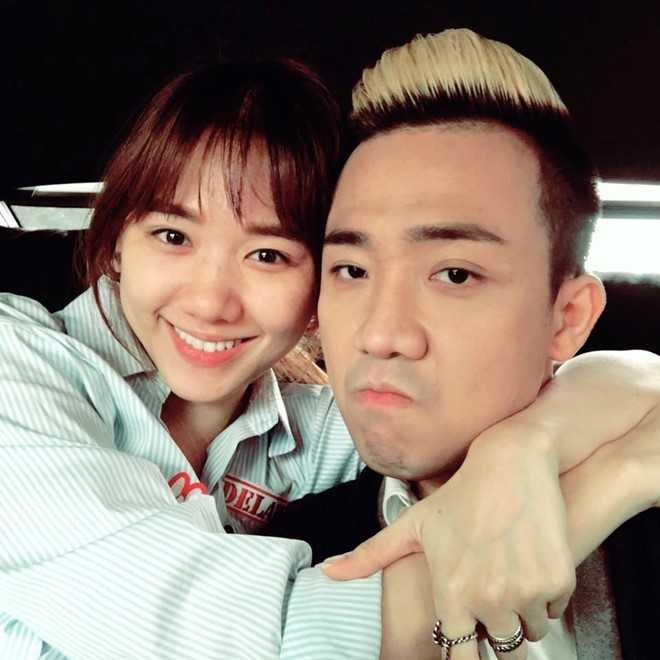 Tran Thanh om chat Hari Won sau ca phau thuat hinh anh 1
