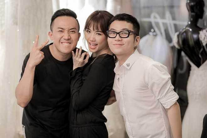 Tran Thanh dat rieng hai mau vay cuoi cau ky cho Hari Won hinh anh 6