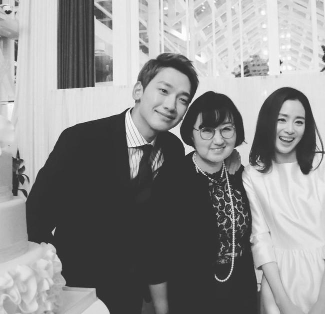 Kim Tae Hee va Bi Rain doi y, den Bali huong tuan trang mat hinh anh 2