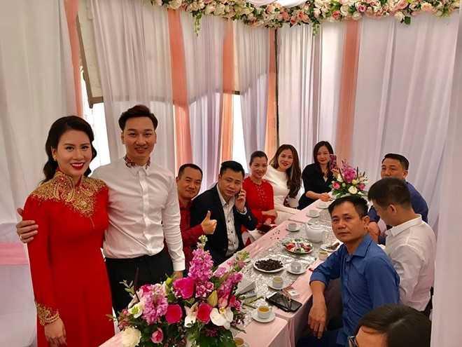 MC Thanh Trung bi mat lam dam hoi voi ban gai 9X hinh anh 2