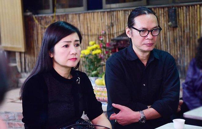 Hinh anh Dien vien Thu Ha, Tran Luc tien dua nghe si Hoang Thang
