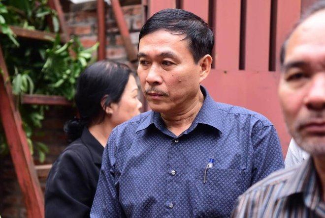 Hinh anh Dien vien Thu Ha, Tran Luc tien dua nghe si Hoang Thang 7