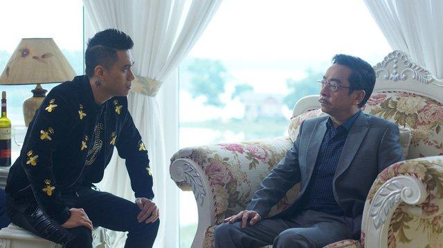Ngoài đời, diễn viên Việt Anh cũng trân trọng gọi NSND Hoàng Dũng là bố.