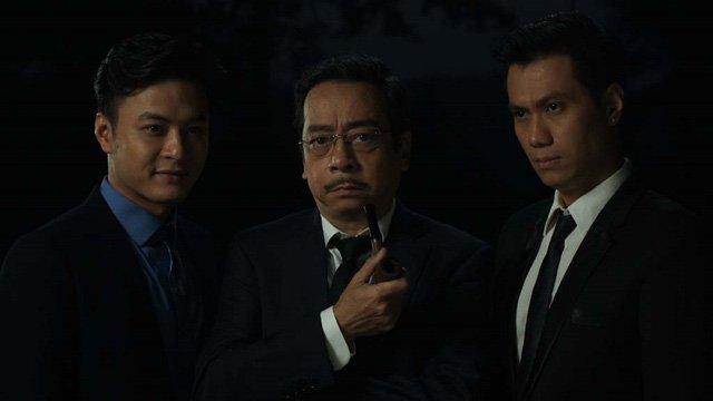 Việt Anh (ngoài cùng bên phải) khẳng định ngoài đời anh khá hài hước, không khó tính như nhân vật Phan Hải trong Người phán xử.