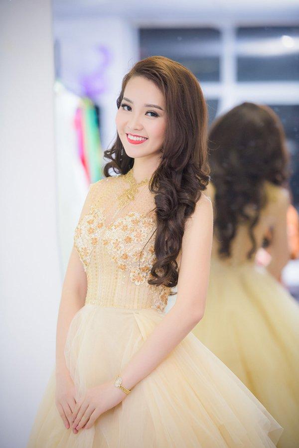 nhung-my-nhan-viet-dang-theo-duoi-su-nghiep-truyen-hinh-1