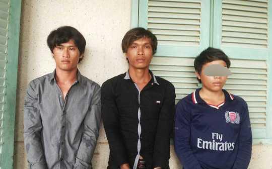 3 đối tượng Linh, Tình và Nhịn lúc bị bắt giữ. Ảnh: Bảo Thy