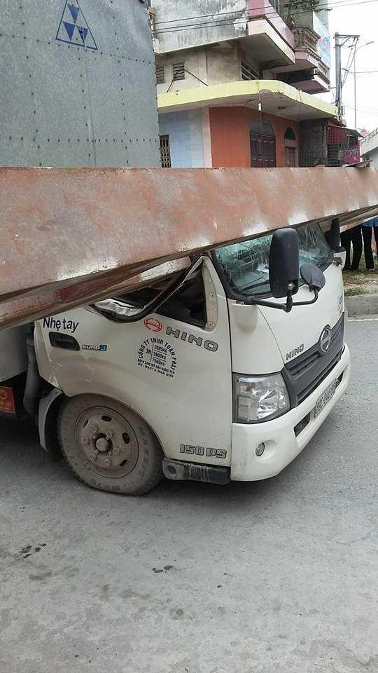 Hiện trường vụ tai nạn hy hữu.