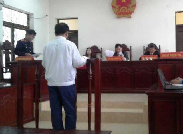 Nguyên Phó trưởng công an xã Hải Lộc đứng trước vành móng ngựa vì tội Dâm ô trẻ em