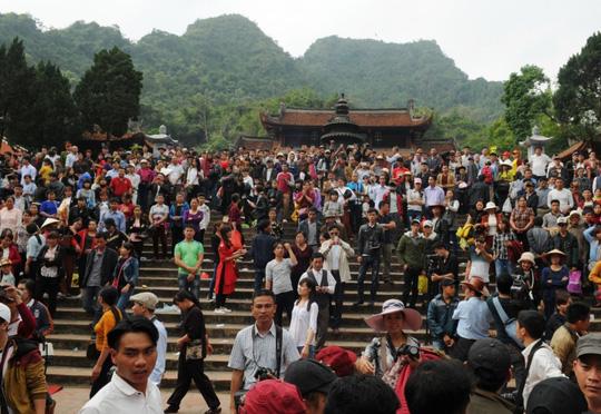 Đi lễ chùa đầu năm - Ảnh minh họa