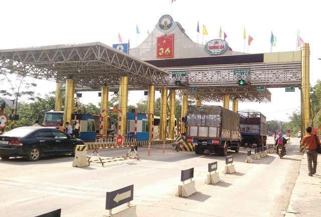 Trạm thu phí BOT QL6 - Hòa Bình, nơi lực lượng cảnh sát vây bắt 2 vụ buôn bán ma túy số lượng lớn (ảnh: Thái Bá)