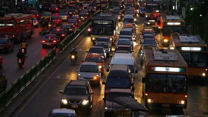 Bangkok trong giờ cao điểm tối - Ảnh: Getty