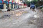 'Con đường đau khổ' bủa vây ủy ban phường ở Thủ đô