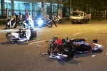 Hai xe máy chạy tốc độ cao đối đầu, 3 người nguy kịch