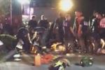 Clip: Xả súng đẫm máu tại câu lạc bộ đồng tính ở Mỹ, 50 người chết
