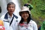 Bài thơ tặng ông của nữ sinh lớp 8 Hà Nội gây sốt dân mạng