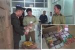 Thu giữ khoảng 1,5 tấn bánh kẹo lậu trên đường vào Hà Nội